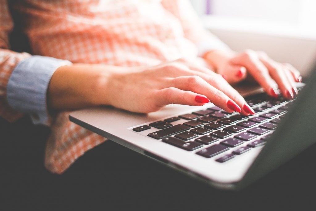 Online freelance copywriter
