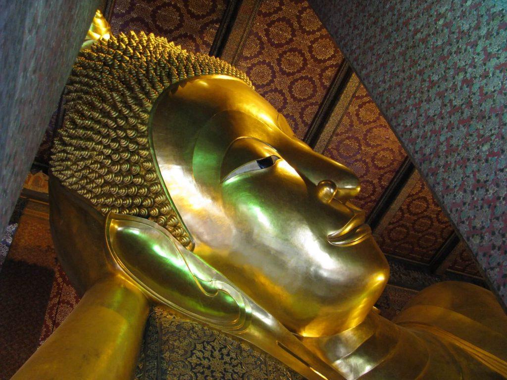 sleeping-buddha-bangkok-thailand