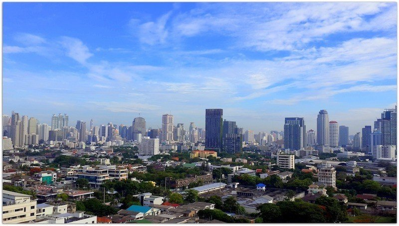 what's the best place to live in bangkok?