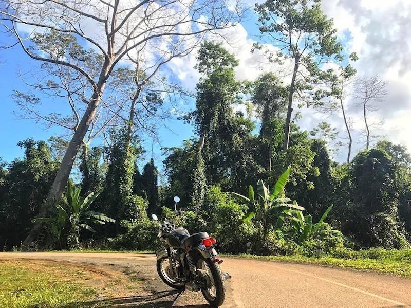 stallions_400cc_buatong_waterfall