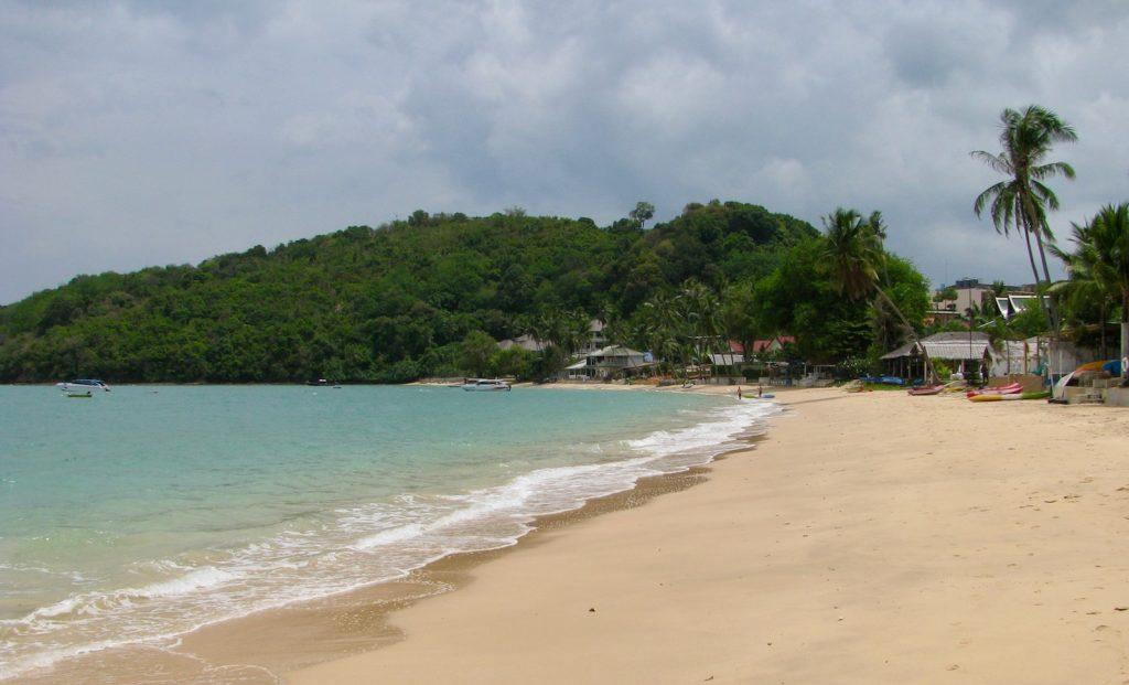 ao-yon-beach-phuket