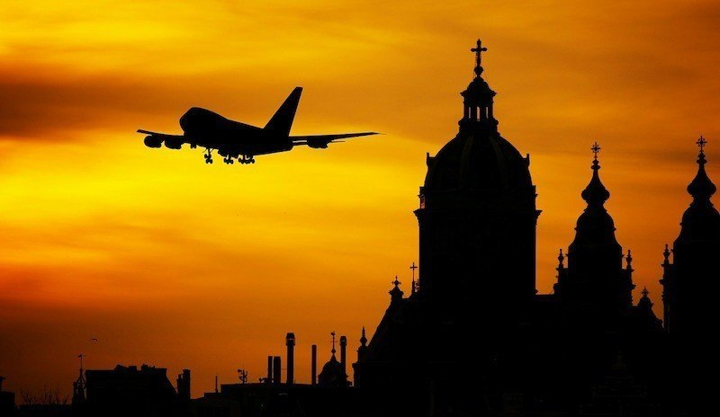business-travel-tips-fly-west