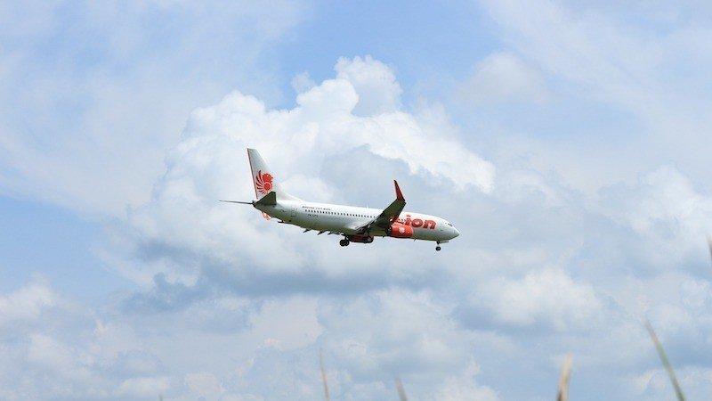 thai-lion-air-flying