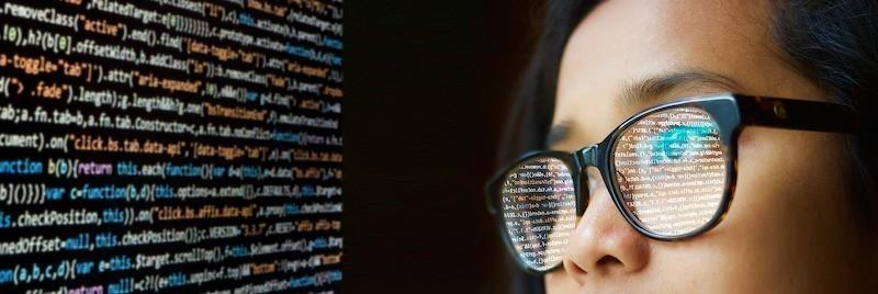 woman-programmer
