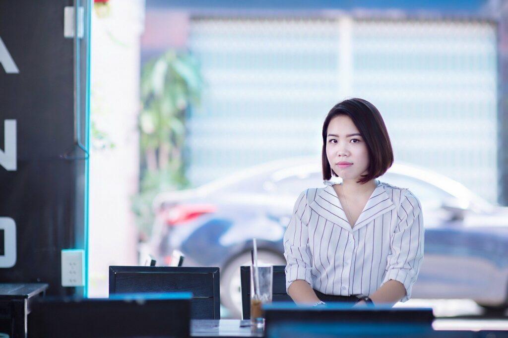hiring-thai-staff